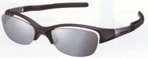 コンタクトや眼鏡を装用している方の度入りゴルフサングラスのご提案。