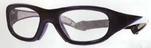 スポーツグラス度付きゴーグルはスポーツにおける眼の保護メガネにもなります。