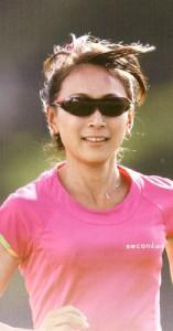 女性用スポーツサングラスは独自の設計で製作することが大切
