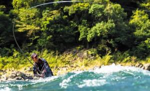 トラウトフィッシング&ニシマス釣りに適した偏光サングラスのご紹介