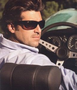 偏光サングラスにもいろいろですがタレックスの偏光レンズはドライブ時に最適です。