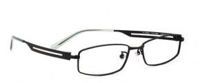 ドライブどきのメガネ、度つきサングラスの選びには偏光レンズがお薦めです。