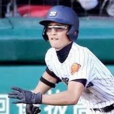 高校野球どきに使用可能なスポーツサングラス