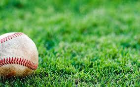 野球時のスポーツサングラスはレンズに違いがあります