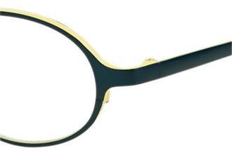 安定した掛け心地の良い子供用メガネ枠