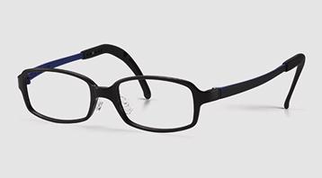 遠視に適したジュニア用メガネ